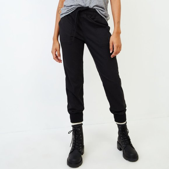 Roots - Essential Cargo Joggers